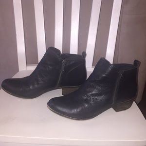 Lucky Brand booties in black leather